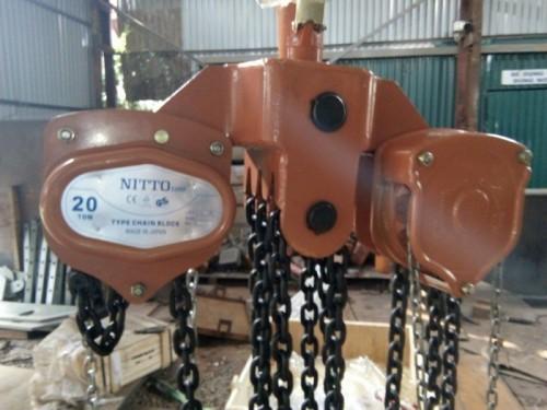 palang xích kéo tay thiết bị tiện dụng trong công trình
